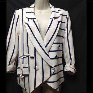 Women's size 10  VENUS lightweight blazer